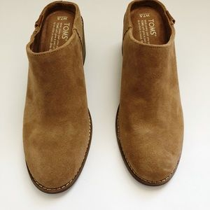 Toms Leila Mules Size 7.5 Camel